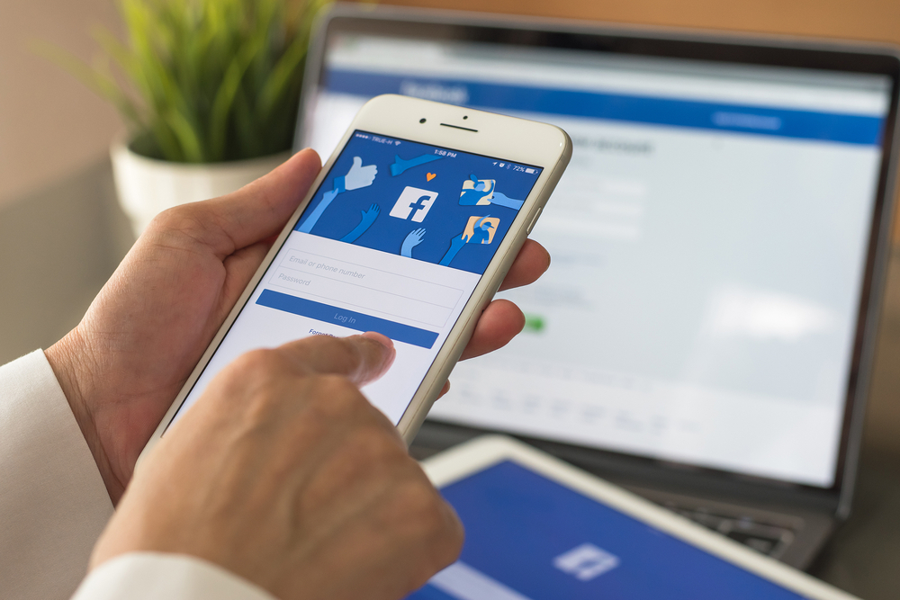 Econtent: What Marketers Can Do to Manage Facebook Algorithm Changes